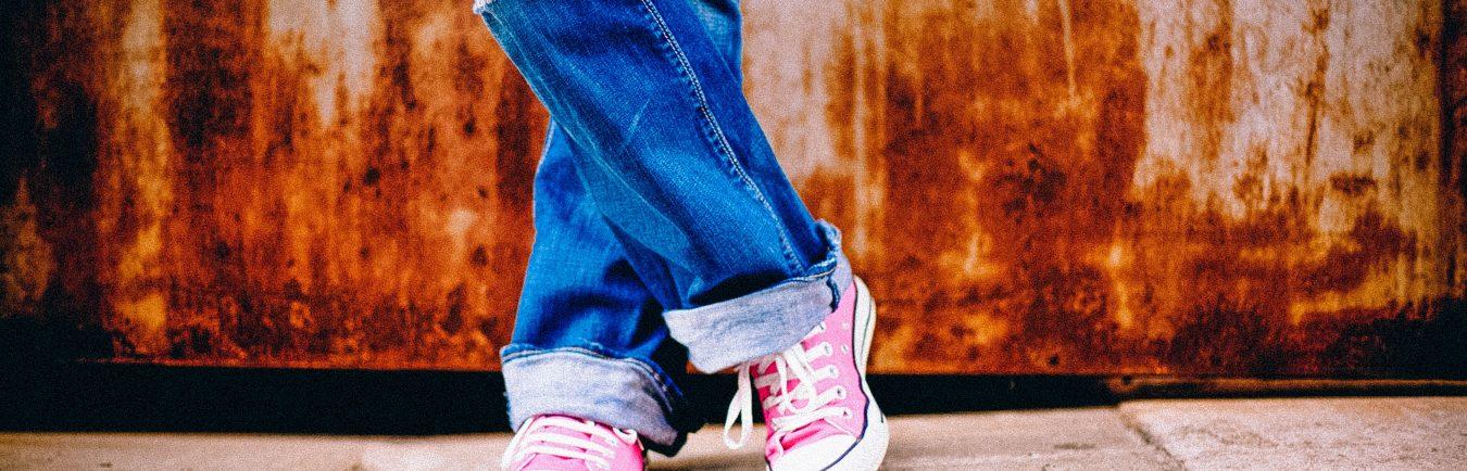 girl-woman-photography-feet-urban-standing-965513-pxhere.com